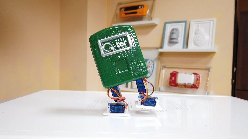 FORMART小型真空成型機(桌上型真空吸塑機)製作機器人外殼