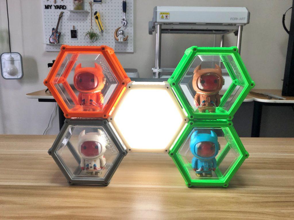 用FORMART小型真空成型機(真空吸塑機)製作展示盒
