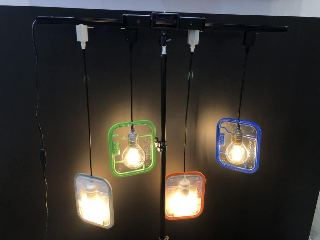 桌上型真空成型機-製作的酷炫框架燈