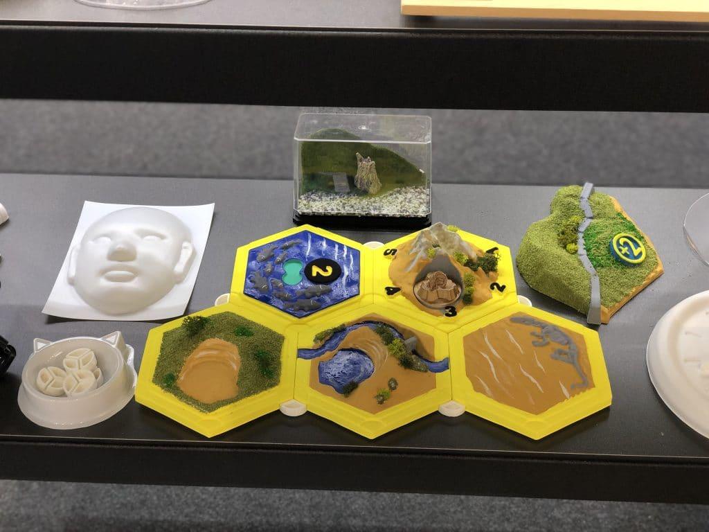 桌上型真空成型機-製作的立體桌遊